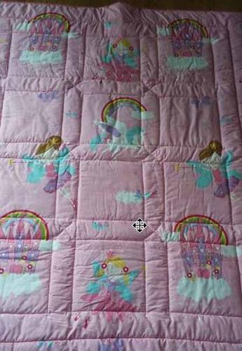 Photo of Katy Roses quilt