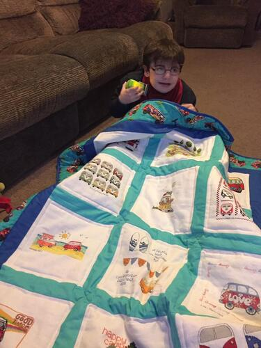 Photo of Charlie Rs quilt
