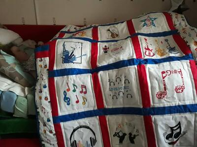 Photo of Elliot Es quilt